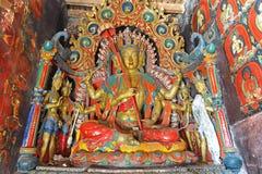 Statue de Bouddha dans le monastère tibétain Image libre de droits