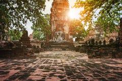 Statue de Bouddha dans le site de patrimoine mondial de l'UNESCO d'ayuthaya Thaïlande Photos stock