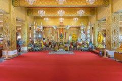 Statue de Bouddha dans le temple bouddhiste Wat Lo Sutthawat Photos stock