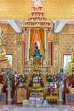 Statue de Bouddha dans le temple bouddhiste Wat Lo Sutthawat Image libre de droits