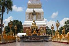 Statue de Bouddha dans le temple chez la Thaïlande Photos libres de droits
