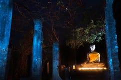 Statue de Bouddha en stationnement historique de Sukhothai Photographie stock