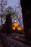 Statue de Bouddha en stationnement historique de Sukhothai Image stock