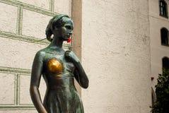 Statue de capulet de Juliet dans Munich l'Allemagne en juillet 2015 Image libre de droits