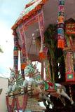 Statue de cheval de la voiture parivar de temple au grand festival de voiture de temple du temple thyagarajar de sri de thiruvaru images libres de droits