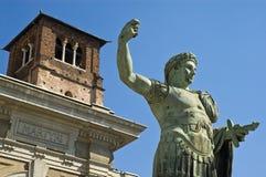 Statue de Constantine d'empereur. Photo libre de droits