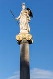 Statue de déesse d'Athéna devant l'académie d'Athènes, Grèce image libre de droits
