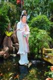 Statue de déesse de Guanyin dans le temple chinois Photos libres de droits