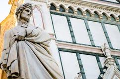 Statue de Dante Alighieri à Florence image libre de droits