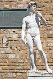 Statue de David par Michaël Angelo à Florence, Italie Images stock