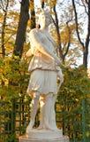 Statue de Diana de déesse à la soirée photo libre de droits