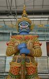 Statue de Dieu à l'intérieur d'aéroport de Suvarnabhumi Photographie stock libre de droits