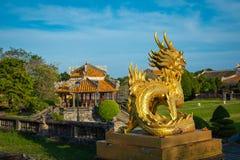 Statue de dragon Royal Palace impérial de la dynastie de Nguyen en Hue, V photos libres de droits