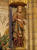 Statue de enceinte Vierge Marie - Léon Photos libres de droits