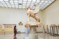 Statue de Gryphon dans le musée grec, Delphes Photographie stock