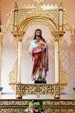 Statue de Jésus à l'intérieur de l'église Photo stock