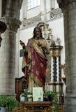 Statue de Jésus dans l'église collégiale St Martin Photos stock