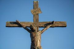 Statue de Jésus sur la croix image stock