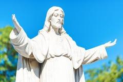 Statue de Jesus Christ ouvrant ses bras Image stock