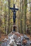 Statue de Jesus Christ sur une croix Photographie stock