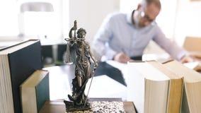 Statue de Jutsice clips vidéos