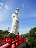 Statue de Kannon dans Byakui Daikannon Jigen-dans le temple, Takasaki Photographie stock libre de droits