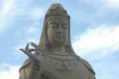Statue de Kuan-yin Photographie stock libre de droits