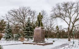Statue de Lénine à un parc dans la cintreuse le Transnistrie photo libre de droits
