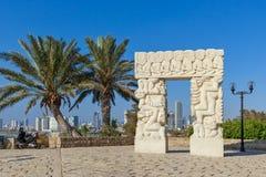 Statue de la foi dans vieux Jaffa image libre de droits