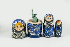 Statue de la liberté à l'intérieur de la poupée russe d'emboîtement Photographie stock