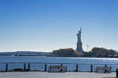 Statue de la liberté au crépuscule Image stock