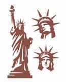 Statue de la liberté et du coucher du soleil de New York City illustration stock