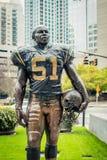Statue de linebacker de Sam Mills pour Carolina Panthers du nord 1995 1997 image libre de droits