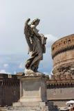 Statue de marbre d'ange du Sant'Angelo Bridge Photo stock