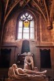 Statue de marbre Vierge Marie et de Jesus Christ dans l'église évangélique image libre de droits