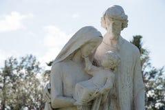 Statue de Mary, de Jésus et de Joseph photo stock