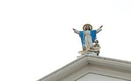 Statue de notre Madame avec des angles de bébé Photo libre de droits