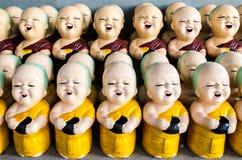 Statue de novice dans le temple Thaïlande Photographie stock