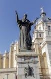 Statue de Pape Jean Paul II devant dans Madrid, Espagne Photographie stock