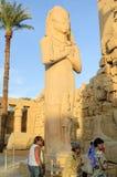 Statue de pharaon au temple de Karnak en Egypte Photographie stock libre de droits