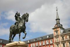 Statue de Philip III sur le maire de plaza de Madrid Photographie stock