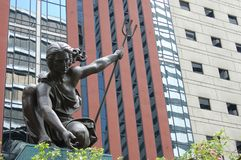 Statue de ` de Portlandia de ` dedans en centre ville, Portland, Orégon Photographie stock