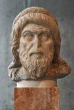 Statue de portrait peut-être de philosophe Plutarch à Athènes Photographie stock libre de droits