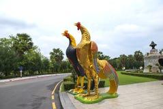 Statue de poulet en Thaïlande Image libre de droits