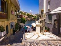 Statue de Roussos Koundouros Agios Nikolaos Image libre de droits