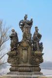 Statue de rue Barbara, d'Elizabeth et de Margaret, Prague Image stock