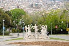 statue de sardana de danseurs de Barcelone photographie stock