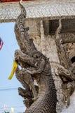 Statue de serpent dans le temple Images libres de droits