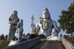 Statue de Shivas l'Inde Murdeshvar dans le jour ensoleill? photos stock