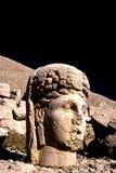 Statue de Tyche sur le mont Nemrut en Turquie Photographie stock libre de droits